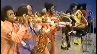 Soul-Train-Shake-Your-Booty-KC-Sunshine-Band