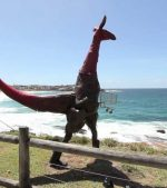 Sculpture-by-the-Sea-Bondi-Beach-Sydney-First-part-of-the-Sculpture-Art-Exhibition