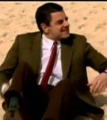 Mr.-Bean-visits-Bondi-beach-to-promote-film