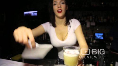 Neighbourhood-Bondi-a-Bar-in-Sydney-offering-Burger-and-Cocktail