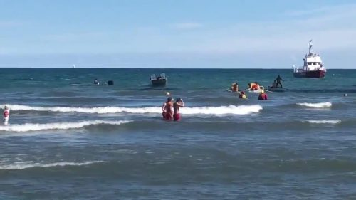 Rescue-operation-at-Woodbine-Beach